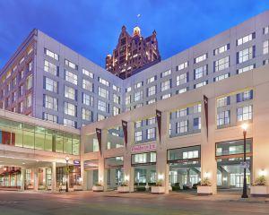 香港-密爾沃基自由行 卡塔爾航空-密爾沃基市中心居家酒店