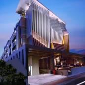 瓦散提庫塔酒店