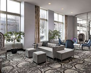 香港-底特律自由行 大韓航空底特律市中心希爾頓逸林酒店--謝爾比堡