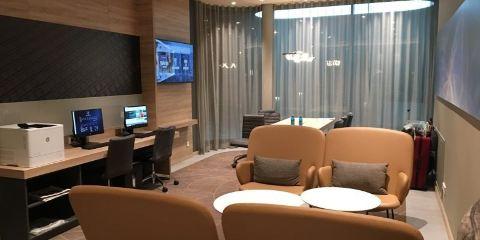 Etihad Airways法蘭克福機場希爾頓歡朋酒店