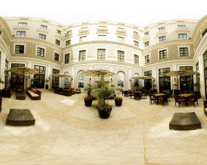 香港-第比利斯自由行 國泰航空第比利斯萬豪酒店