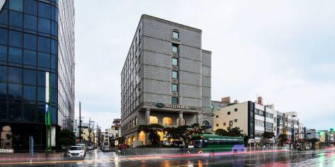 釜山航空+濟州斯塔茲羅伯如酒店
