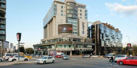 卡塔爾航空+約翰內斯堡桑頓高特雷恩麗笙酒店