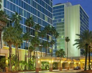 香港-奧蘭度自由行 國泰航空希爾頓逸林酒店 - 奧蘭多環球影城入口