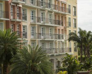香港-弗盧里亞諾波利斯自由行 法國航空公司康帕納里歐鄉村度假酒店