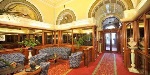 法國航空公司+摩登威爾第貝斯特韋斯特酒店
