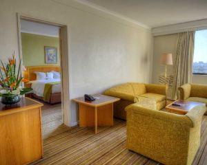 香港-哈拉雷自由行 阿聯酋航空-哈拉雷假日酒店