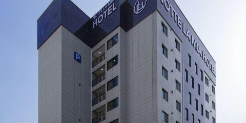 中華航空公司諾克拉米亞酒店