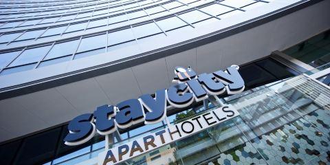 德國漢莎航空+曼徹斯特皮卡迪利星城公寓式酒店