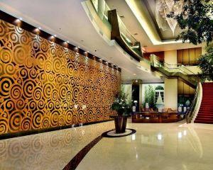 香港-棉蘭自由行 印尼嘉魯達航空-大門市政廳大酒店