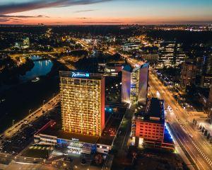 香港-維爾紐斯自由行 俄羅斯航空立陶宛麗笙藍標酒店