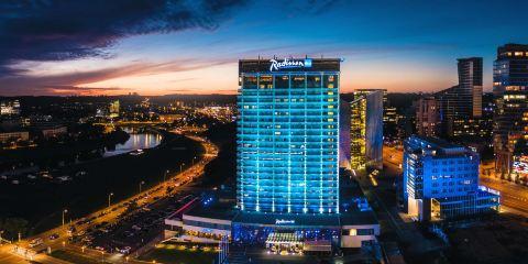 德國漢莎航空+立陶宛麗笙藍標酒店