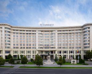 香港-布加勒斯特自由行 法國航空公司布加勒斯特JW萬豪大酒店