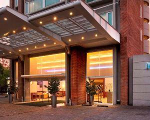 香港-聖地牙哥自由行 法國航空公司聖地亞哥維塔庫拉諾富特酒店
