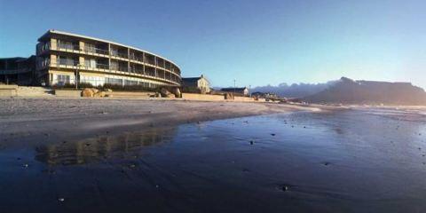 卡塔爾航空+瀉湖海灘酒店