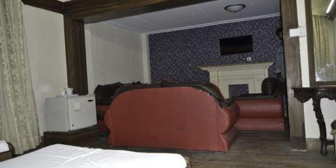 卡塔爾航空+桑達爾酒吧酒店