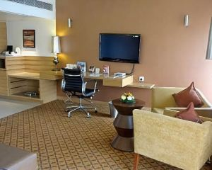 香港-艾哈邁達巴德自由行 阿聯酋航空-艾哈邁達巴德普萊德廣場酒店