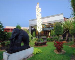 香港-坤甸自由行 印尼嘉魯達航空卡普亞斯皇宮酒店