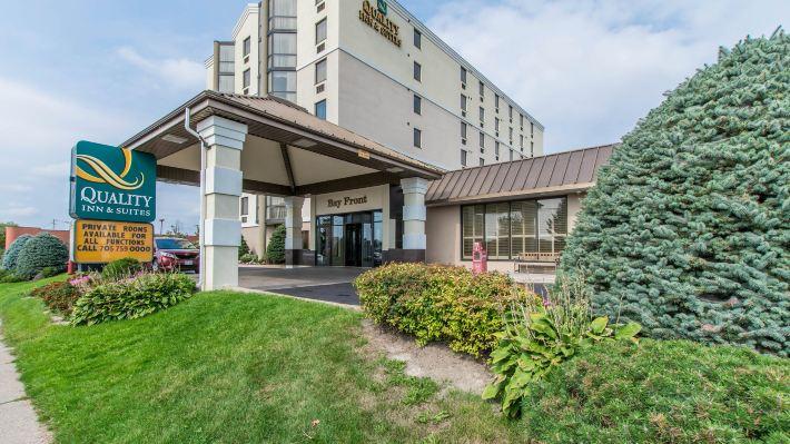 灣前區品質套房酒店