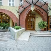 布達佩斯科爾溫酒店