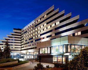 香港-布拉格自由行 國泰航空布拉格金字塔奧雷阿酒店