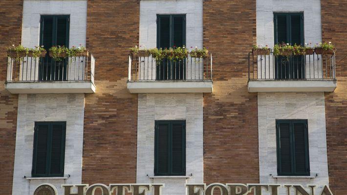 福爾圖納酒店