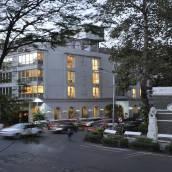 外交官酒店