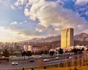 香港-德黑蘭自由行 德國漢莎航空-德黑蘭伯斯米特拉酒店