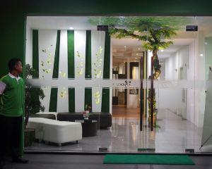 香港-占碑自由行 印尼嘉魯達航空佔碑埃文酒店