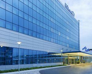 香港-赫爾辛基自由行 法國航空公司赫爾辛基機場希爾頓酒店
