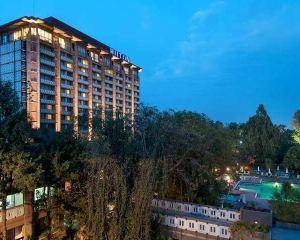 香港-阿的斯阿貝巴自由行 中國國際航空公司-希爾頓亞的斯亞貝巴酒店