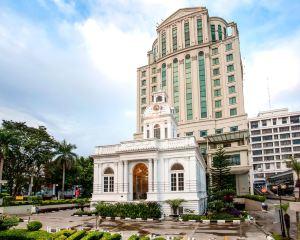 香港-棉蘭自由行 印尼嘉魯達航空大門市政廳大酒店