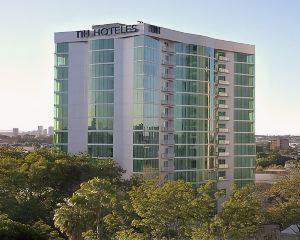 香港-瓜達拉哈拉自由行 香港航空瓜達拉哈拉喬利酒店