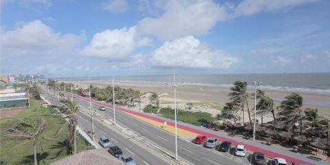 卡塔爾航空+沿岸海灘酒店