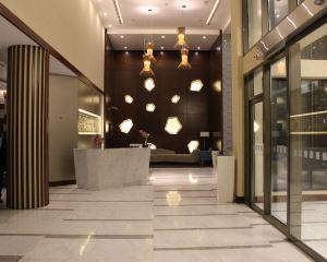 香港-吉達自由行 卡塔爾航空-吉達網關假日酒店