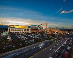 香港-里諾自由行 美國聯合航空-佩普密爾娛樂場温泉度假村