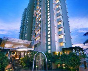 香港-巴里巴班自由行 新加坡航空-金色鬱金香巴釐巴板酒店&套房