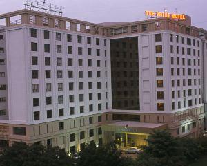 香港-艾哈邁達巴德自由行 印度航空公司-艾哈邁達巴德普萊德廣場酒店