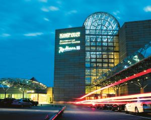 香港-奧胡斯自由行 芬蘭航空公司-奧胡斯藍標麗笙北歐酒店