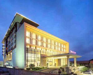 香港-巴東自由行 印尼嘉魯達航空-巴東美居酒店