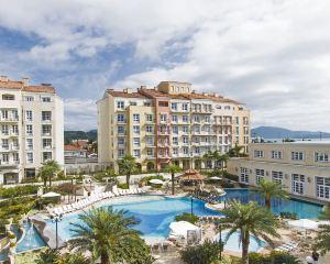 香港-弗盧里亞諾波利斯自由行 卡塔爾航空康帕納里歐鄉村度假酒店