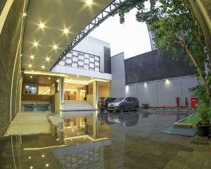 香港-日惹自由行 印尼嘉魯達航空拉克斯頓由阿扎納