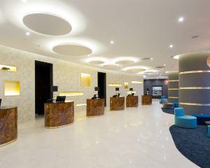香港-聖彼得堡自由行 海南航空-聖彼得堡酒店