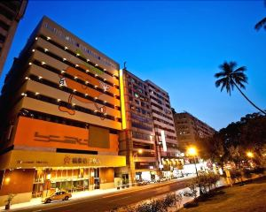 香港-台中自由行 國泰航空台中福泰桔子商務旅館