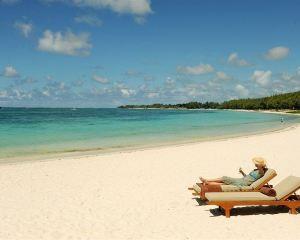 香港-毛里裘斯自由行 南非航空-翡翠海灘態度酒店 - 僅供成人入住