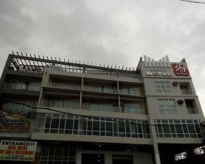 香港-卡利博自由行 菲律賓航空公司-蓋薩諾購物中心卡利博-地鐵酒店附近的RedDoorz Plus