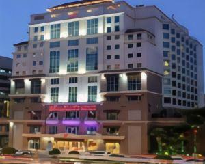 香港-杜拜自由行 國泰航空-迪拜卡爾頓宮酒店