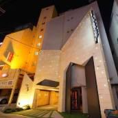 噶爾新村酒店