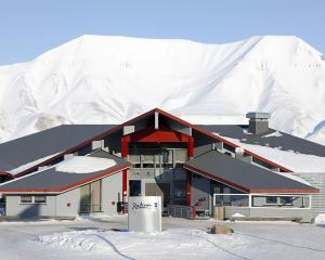 香港-斯瓦爾巴自由行 北歐航空-斯匹次卑爾根島極地麗笙酒店
