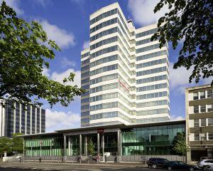 香港-卡迪夫自由行 荷蘭皇家航空公司荷蘭屋美居加的夫温泉酒店